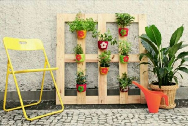 maravillosas-ideas-con-palets-para-el-jardin-02-e1453120307604