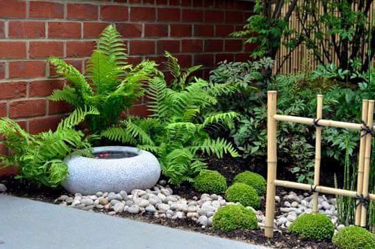 Im genes y decoracion de jardines peque os y verticales for Jardines pequenos con jardineras