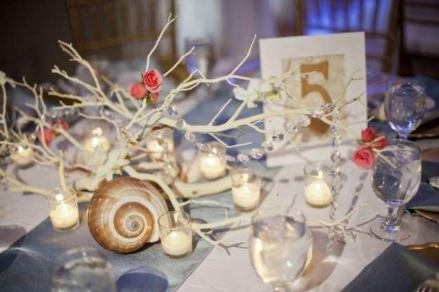 artistico-centro-de-mesa-para-bodas-de-playa