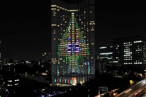 arboliluminado en edif de tokio