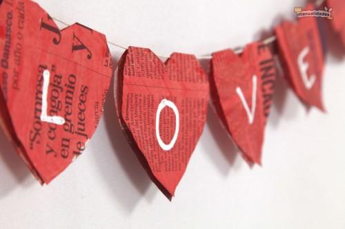 Manualidades-del-Dia-de-los-Enamorados-Corazón-de-botones.jpg4