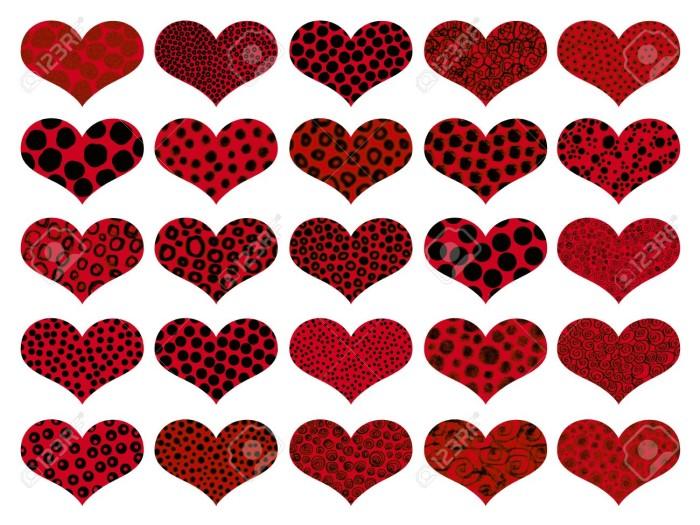 12426913-San-Valent-n-corazones-rojos-con-texturas-de-animales-aislados-en-blanco-Foto-de-archivo