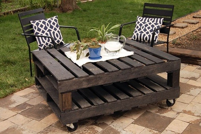muebles-con-palets-terraza-exterior-sillas