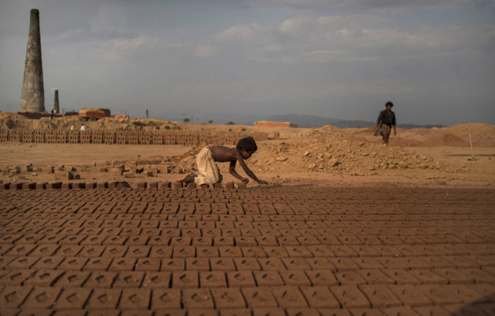 world_child_labor_02