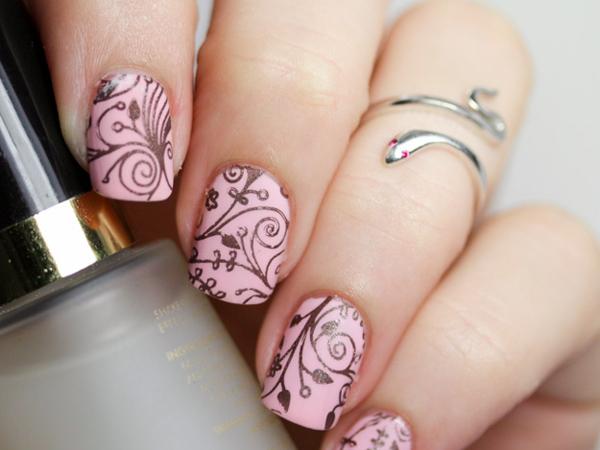 U–as decoradas rosa