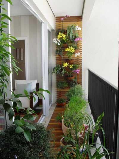 jardin_vertical_madera_balcones_pequeños