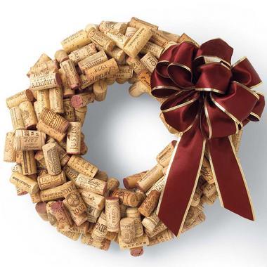 corona-de-navidad-con-corchos-de-botella-31