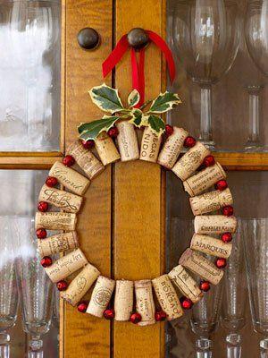 manualidad-corona-navidad-corchos-botellas