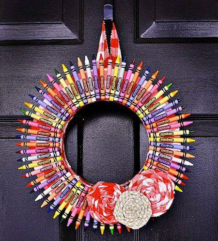 manualidad-corona-navidad-crayons