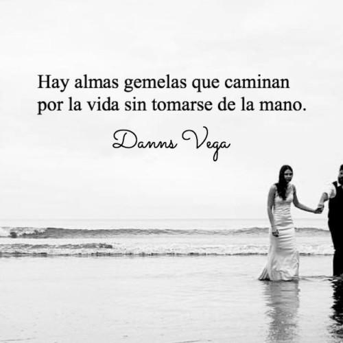 Imágenes Mensajes Poemas Y Frases De Amor Bonitas Cortas Y